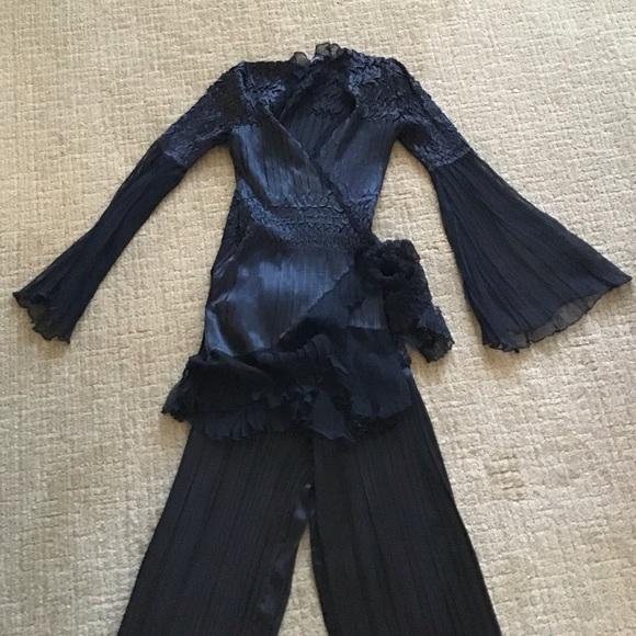 Komarov Other - Komarov Black Top and Pants 2-Piece Set
